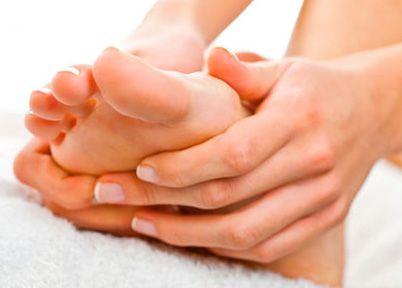 Косточки на ногах  лечение причины возникновения